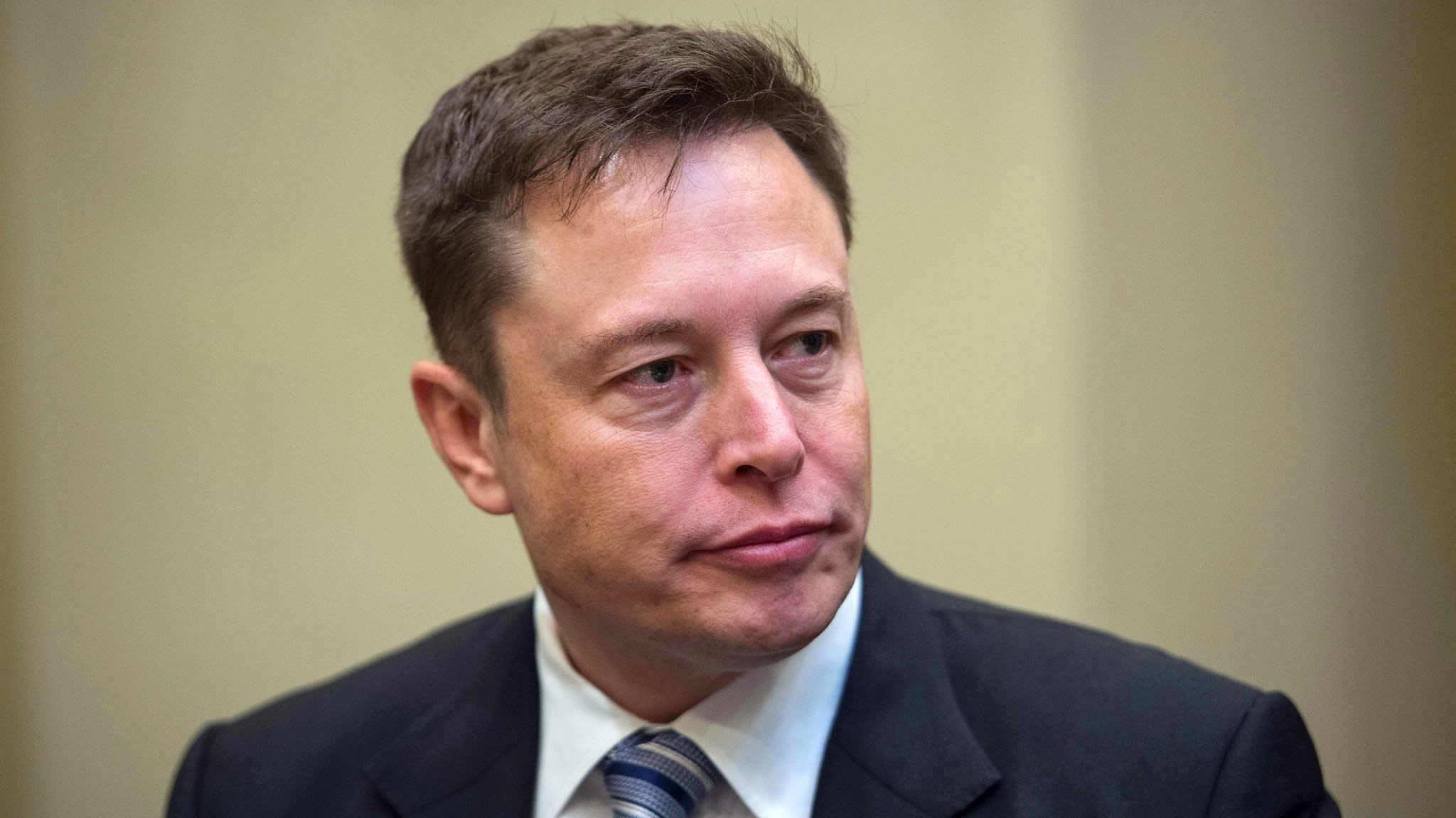 Tesla set to fall after Musk accused of securities fraud
