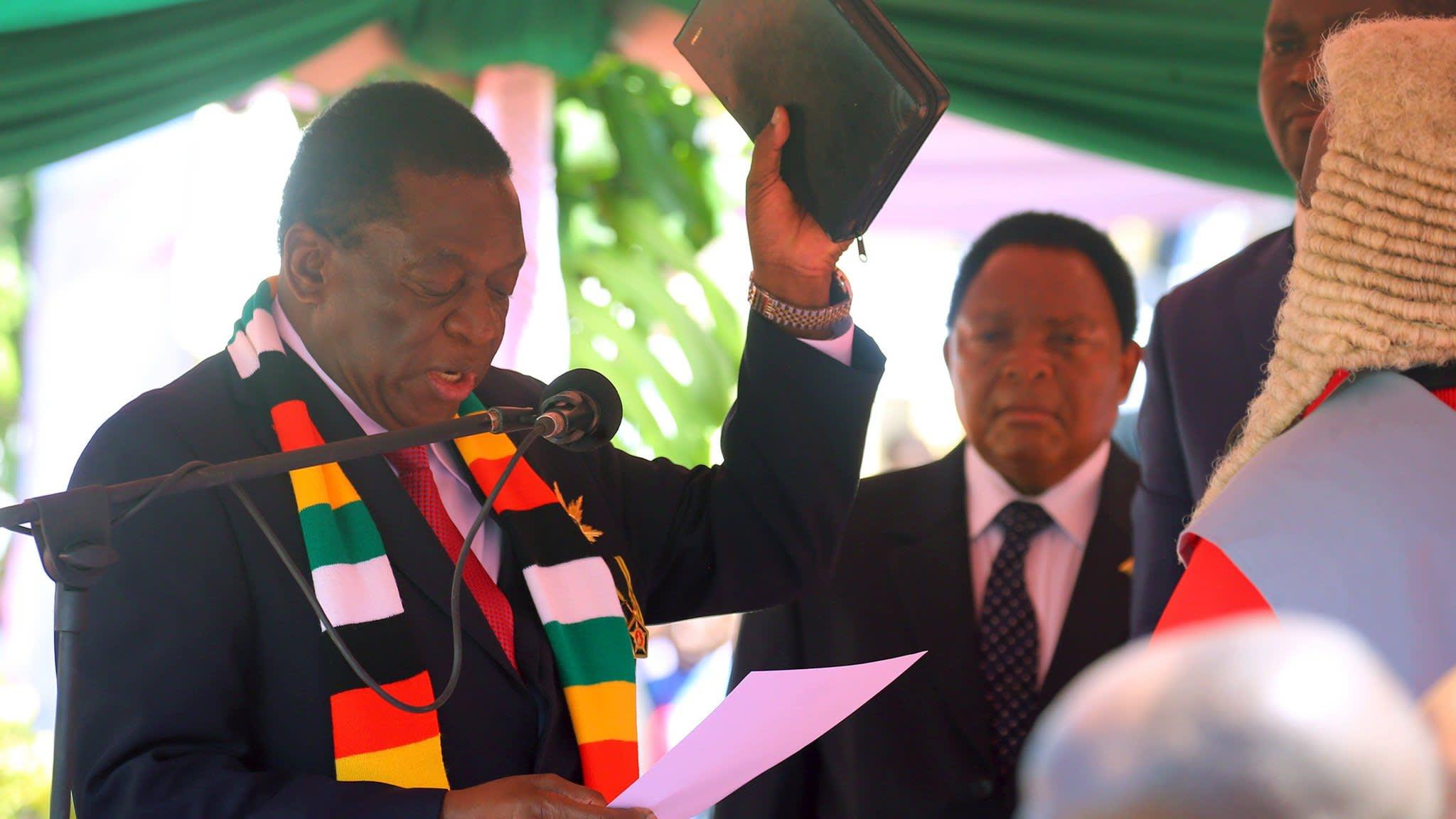 Mnangagwa pledges 'radical economic reforms' at inauguration