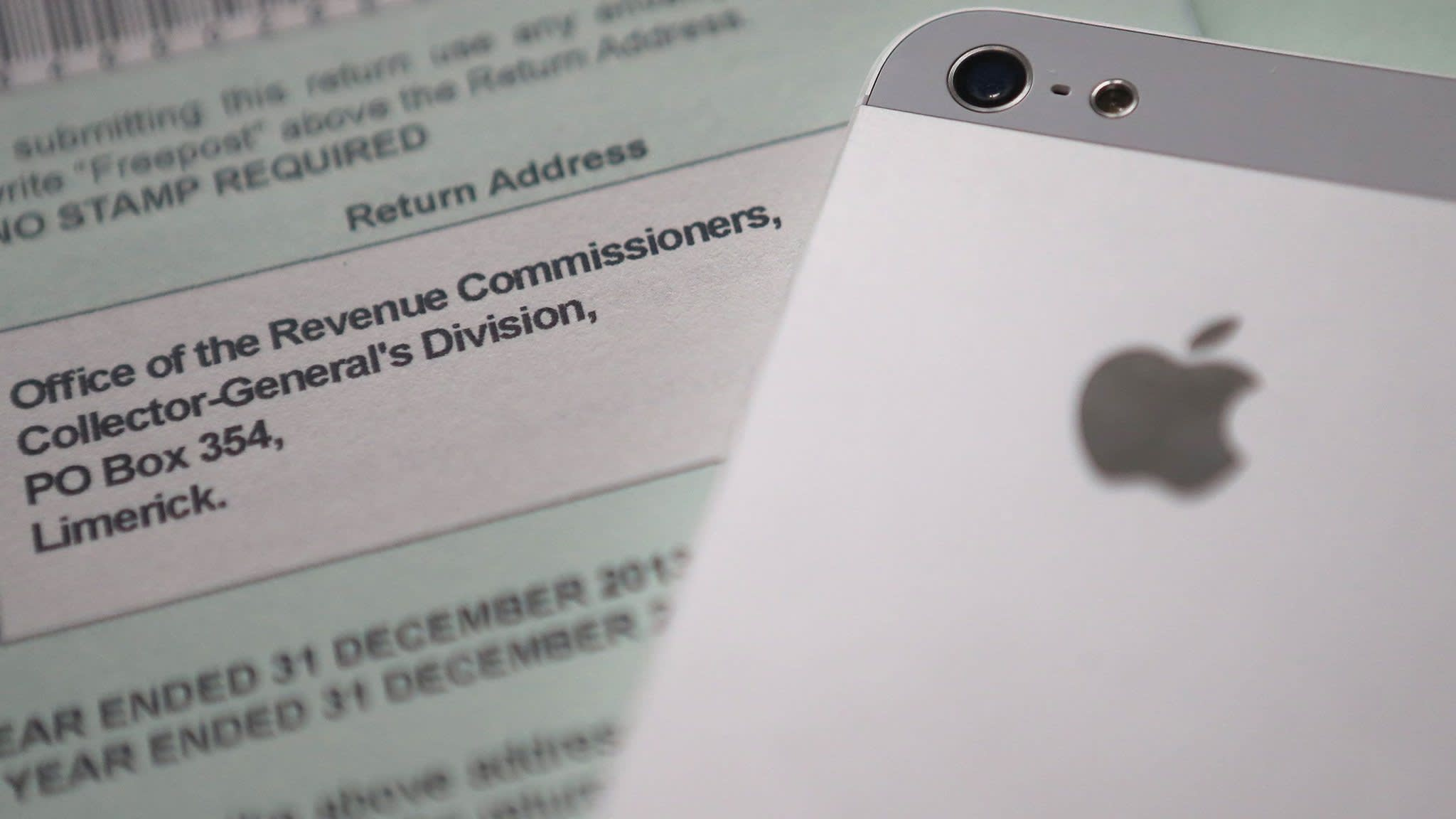 image when Apple to pay €13bn to Ireland over back tax claim