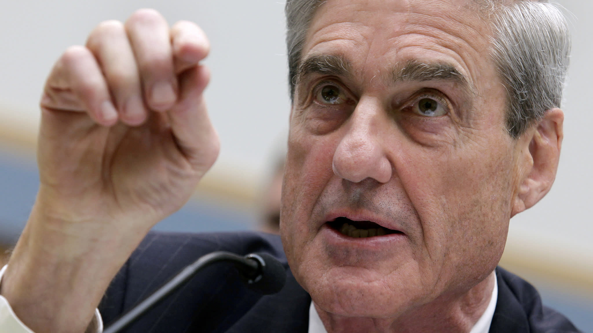 Mueller asks FBI to probe claims that women were paid to discredit him