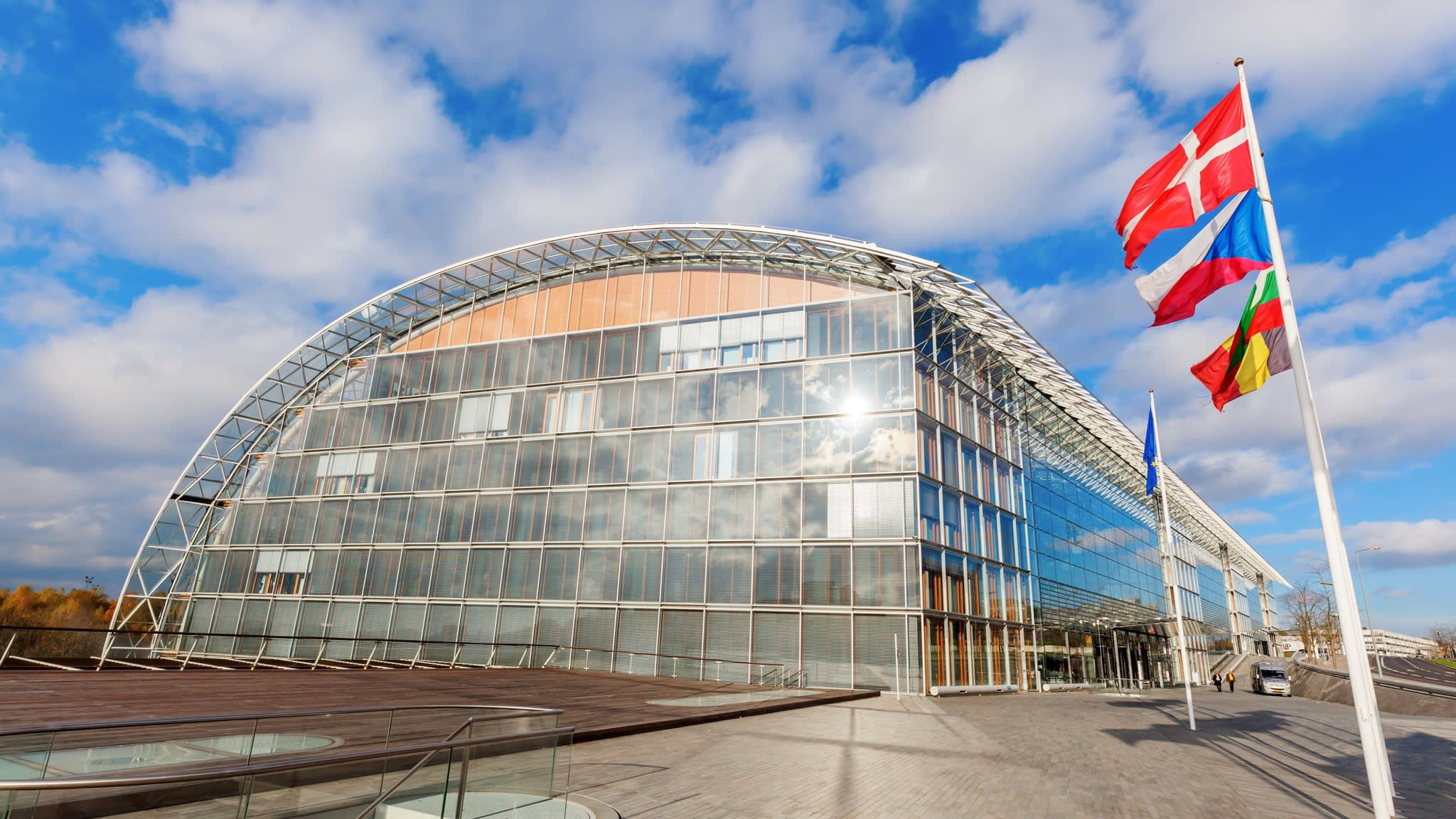 Poland threatens EIB capital plan with demand for bigger role
