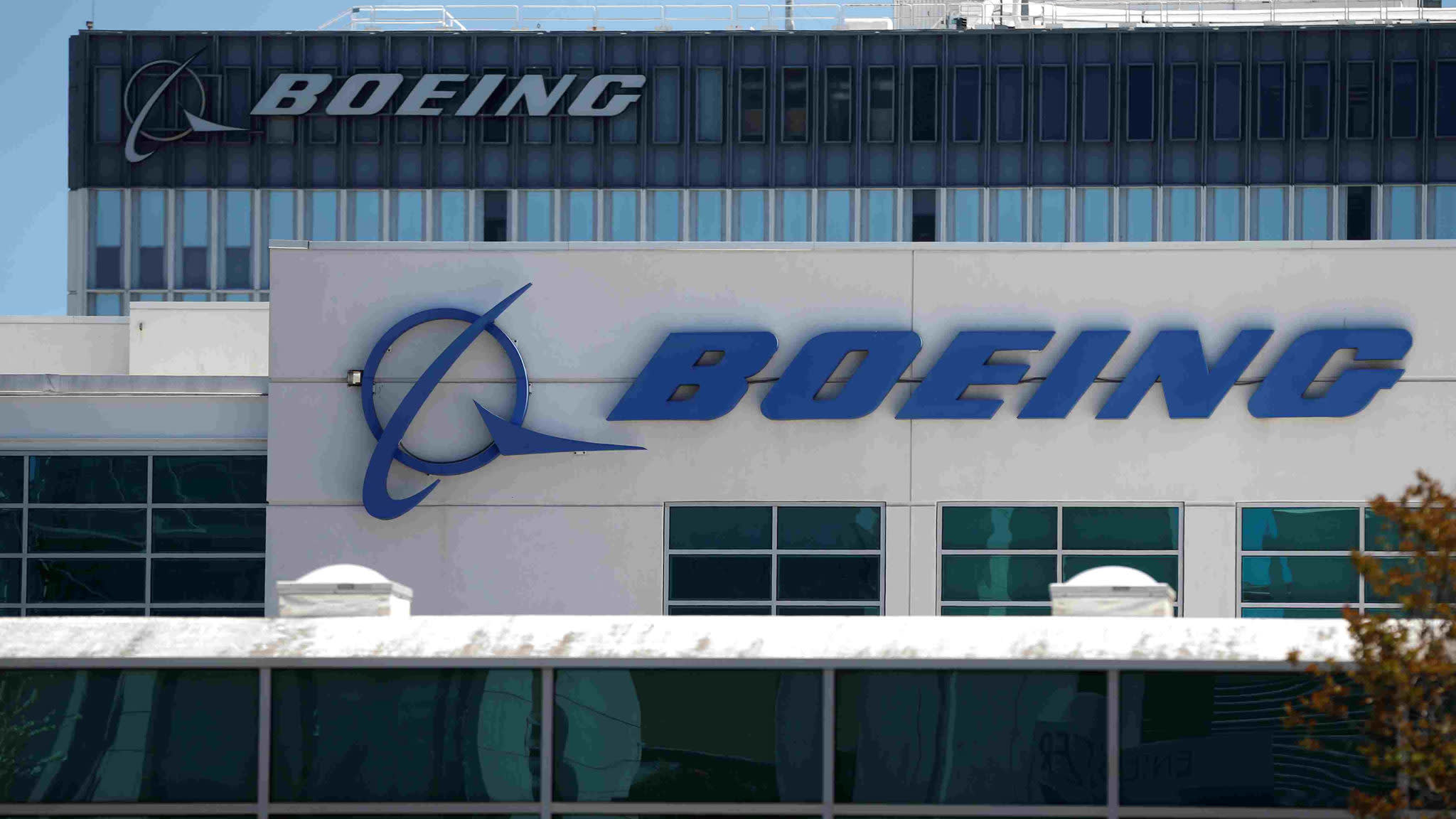 UK in talks with Boeing for multibillion pound Royal Air Force contract