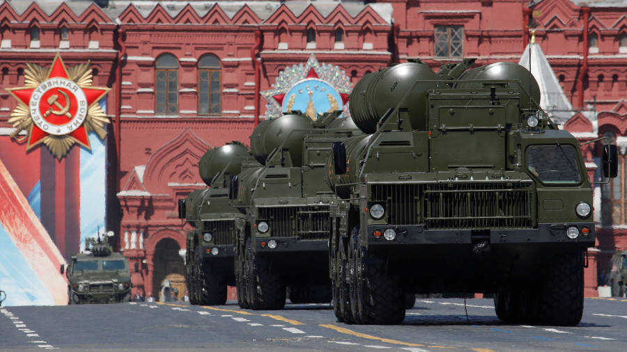Turkey risks US ire over Russia air defence deal
