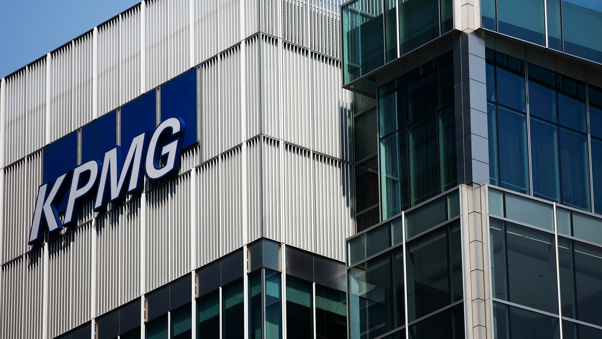 KPMG appoints risk management chief after accounting scandals