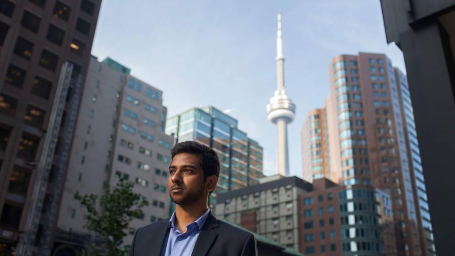 Business schools bridge the artificial intelligence skills gap