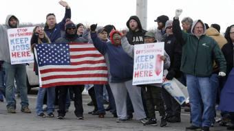 General Motors shuts down 7 plants, drawing rebuke from
