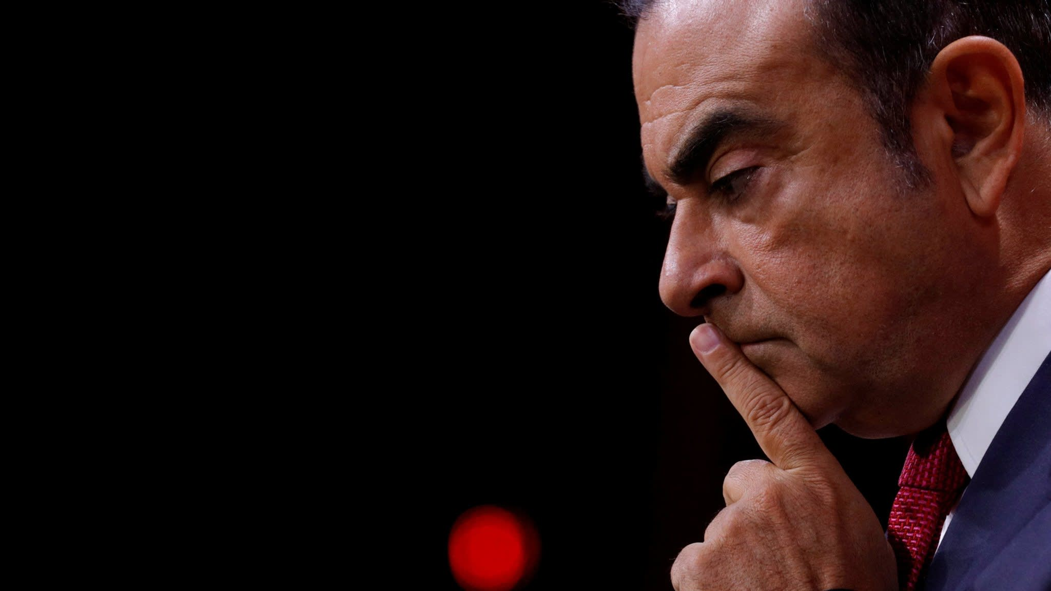 Carlos Ghosn said to deny Japanese accusations on pay
