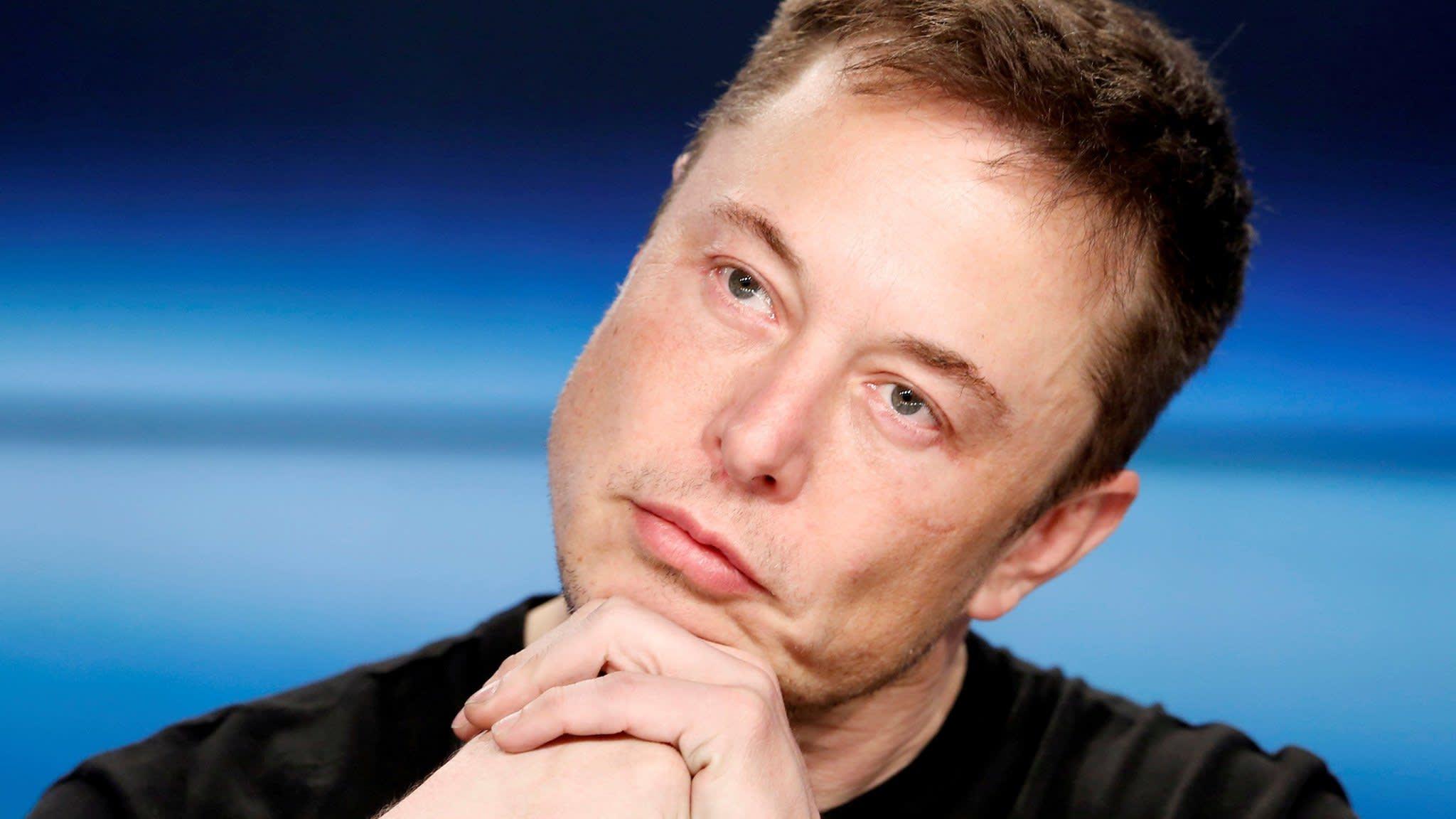 Musk mocks SEC in tweet only days after settling with regulator