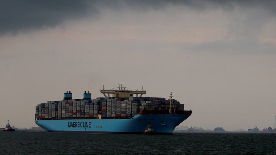 Maersk must find way back to sales growth | Financial Times