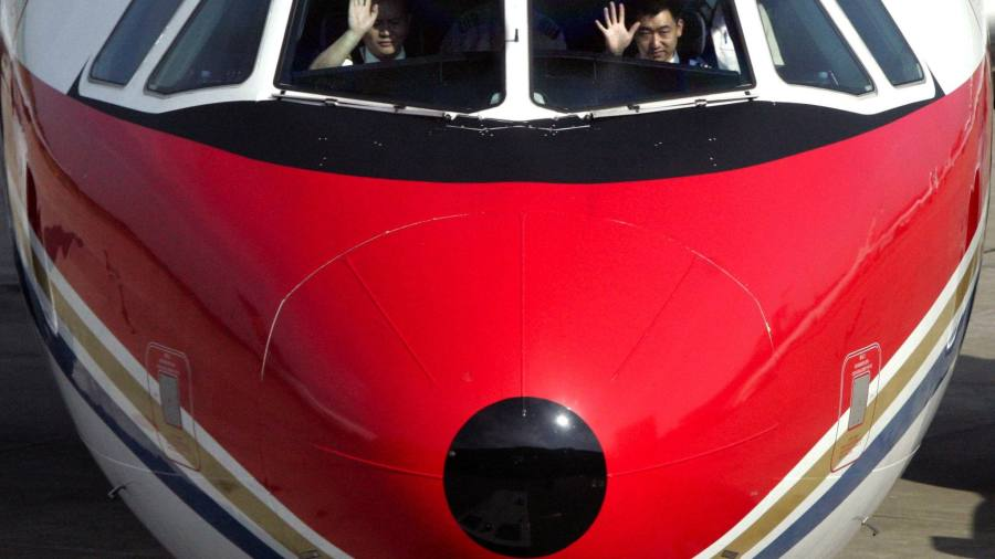 China buys up flying schools as pilot demand rises | Financial Times