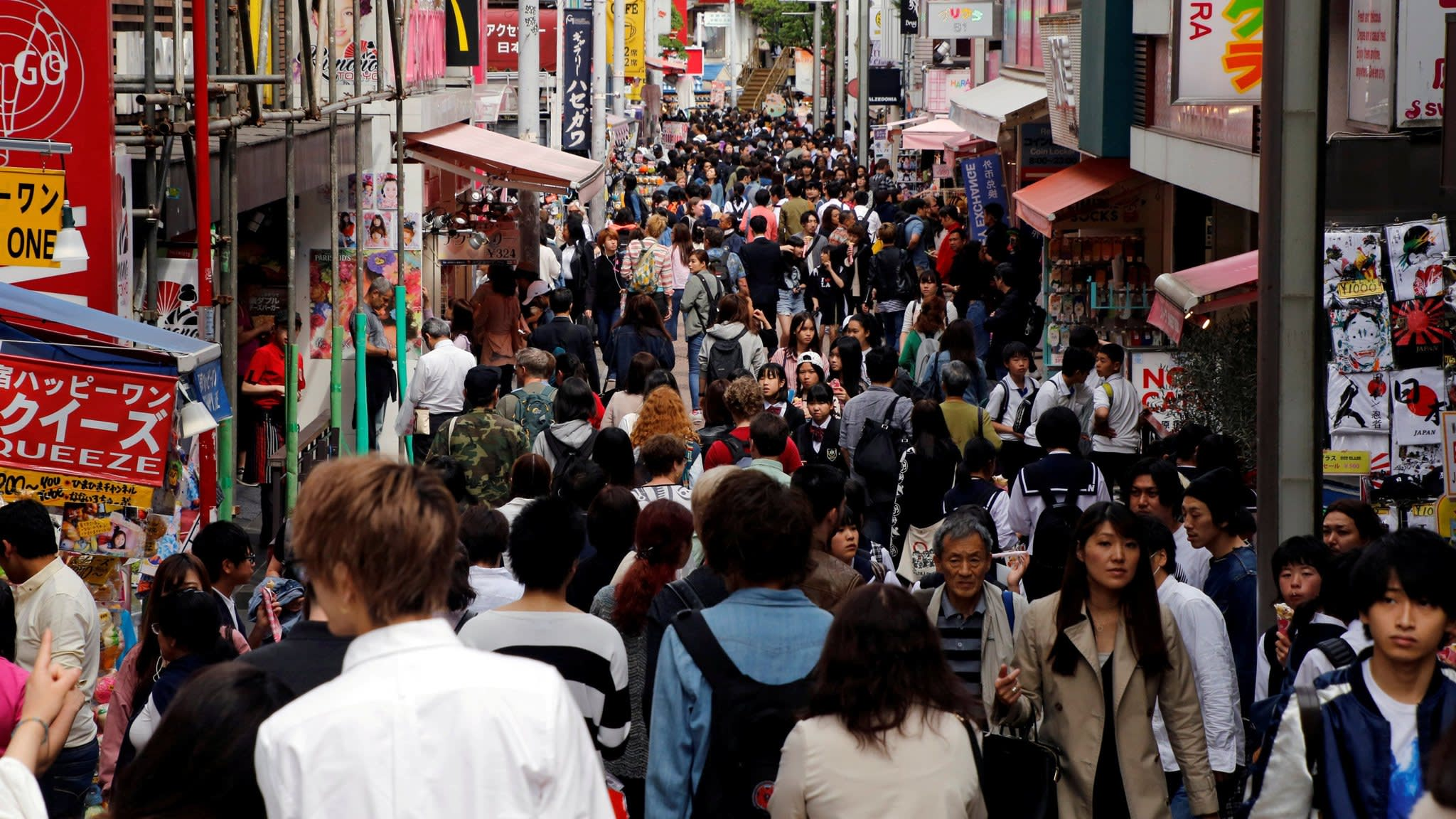Japan's economy returns to growth in second quarter