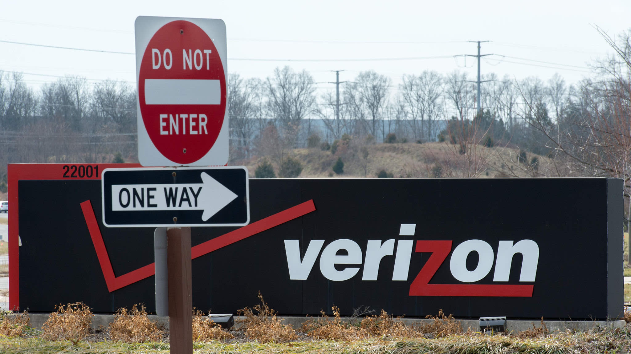 How Verizon's $9bn media bet became virtually worthless