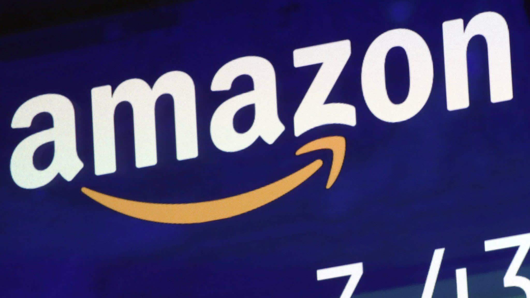 Amazon joins Apple to become second $1tn company