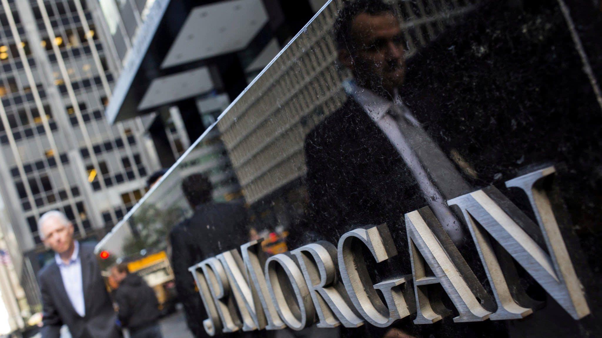 JPMorgan urges Fed to loosen capital shackles