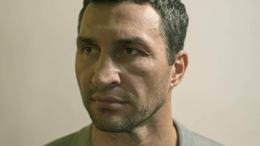 Boxer Wladimir Klitschko: 'Chess is war with an army'
