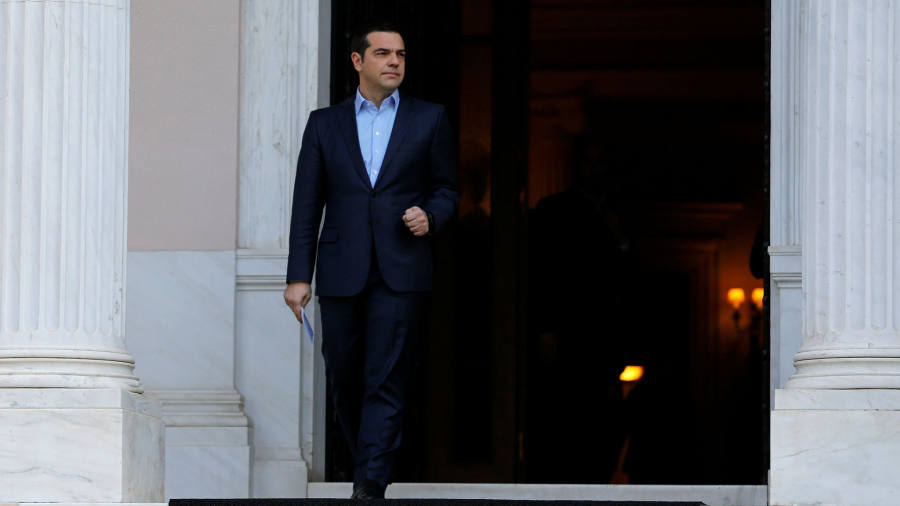 Middle-class Greeks grow tired of Tsipras as election looms