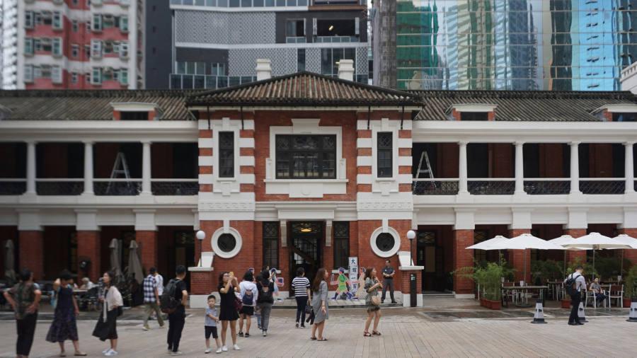 Senior FT editor refused entry to Hong Kong