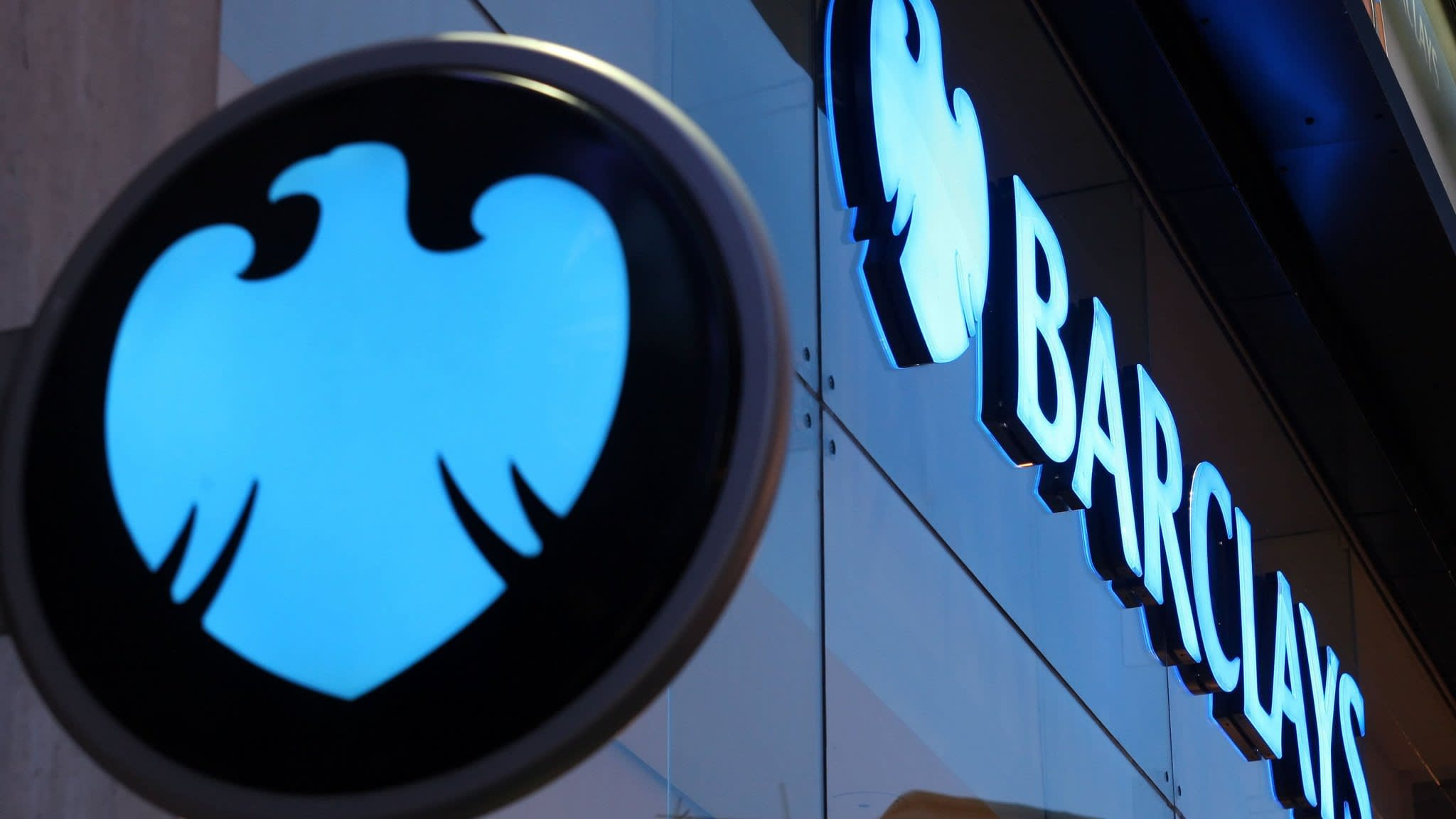 Barclays escapes criminal charges for crisis-era fundraising