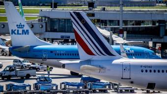 New Air France-KLM CEO vows to invest half of salary into