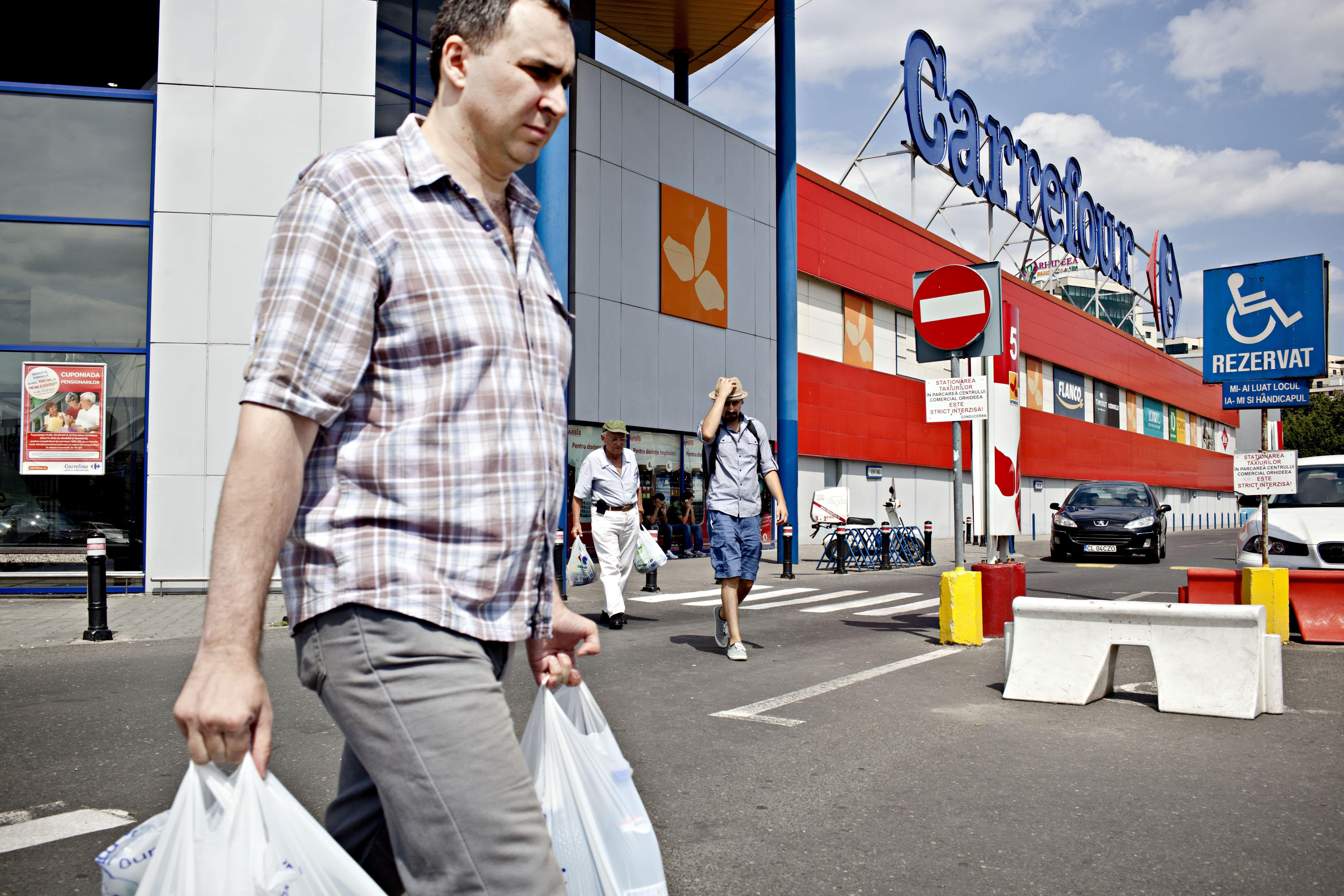 Casino says it rejected Carrefour takeover approach