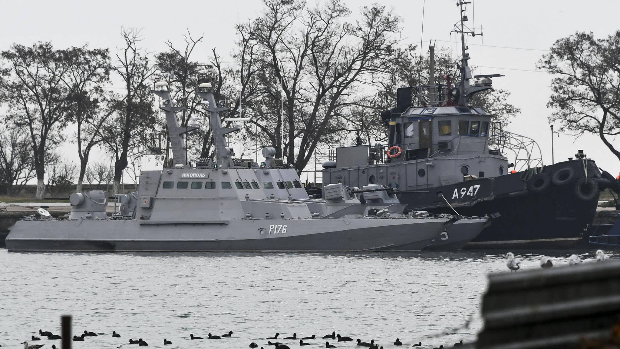 Russia holds Ukrainian navy ships following Black Sea skirmish