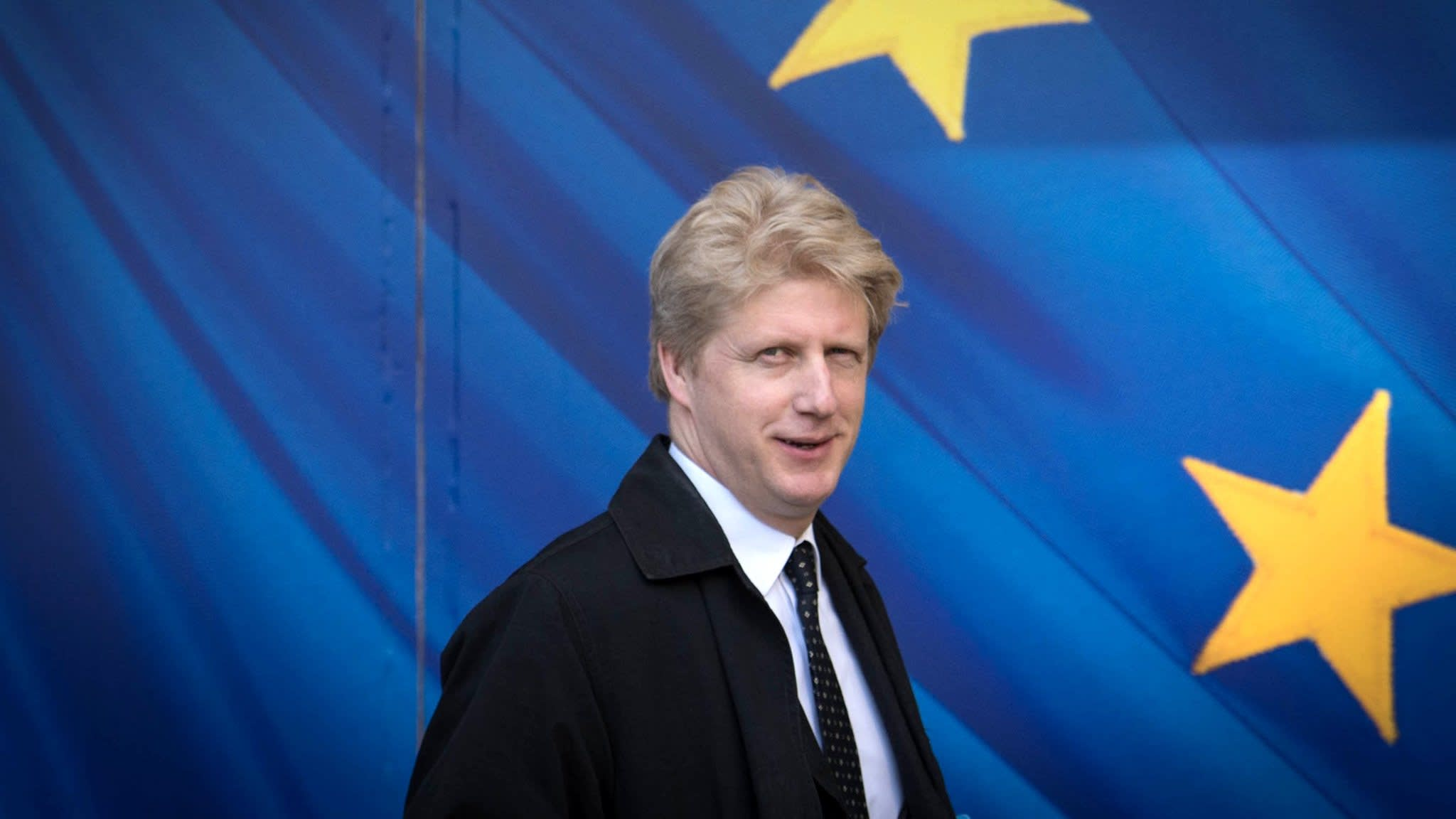 Jo Johnson quits over Brexit and calls for vote on deal