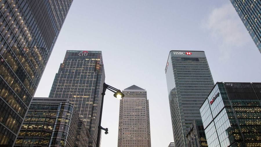 Banks weigh up cost of keeping staff in London | Financial Times