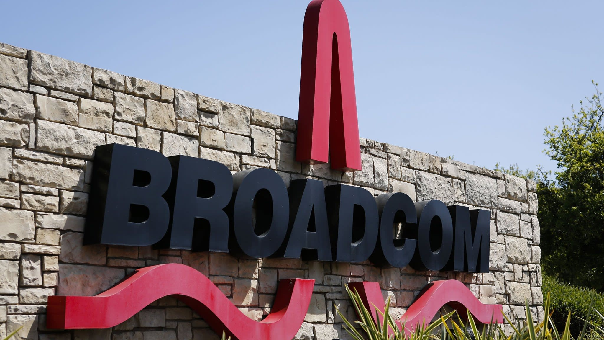 Broadcom set to buy CA Technologies for nearly $19bn