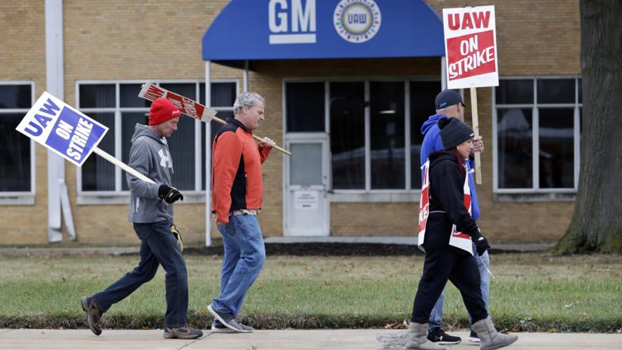 General Motors workers approve deal to end strike
