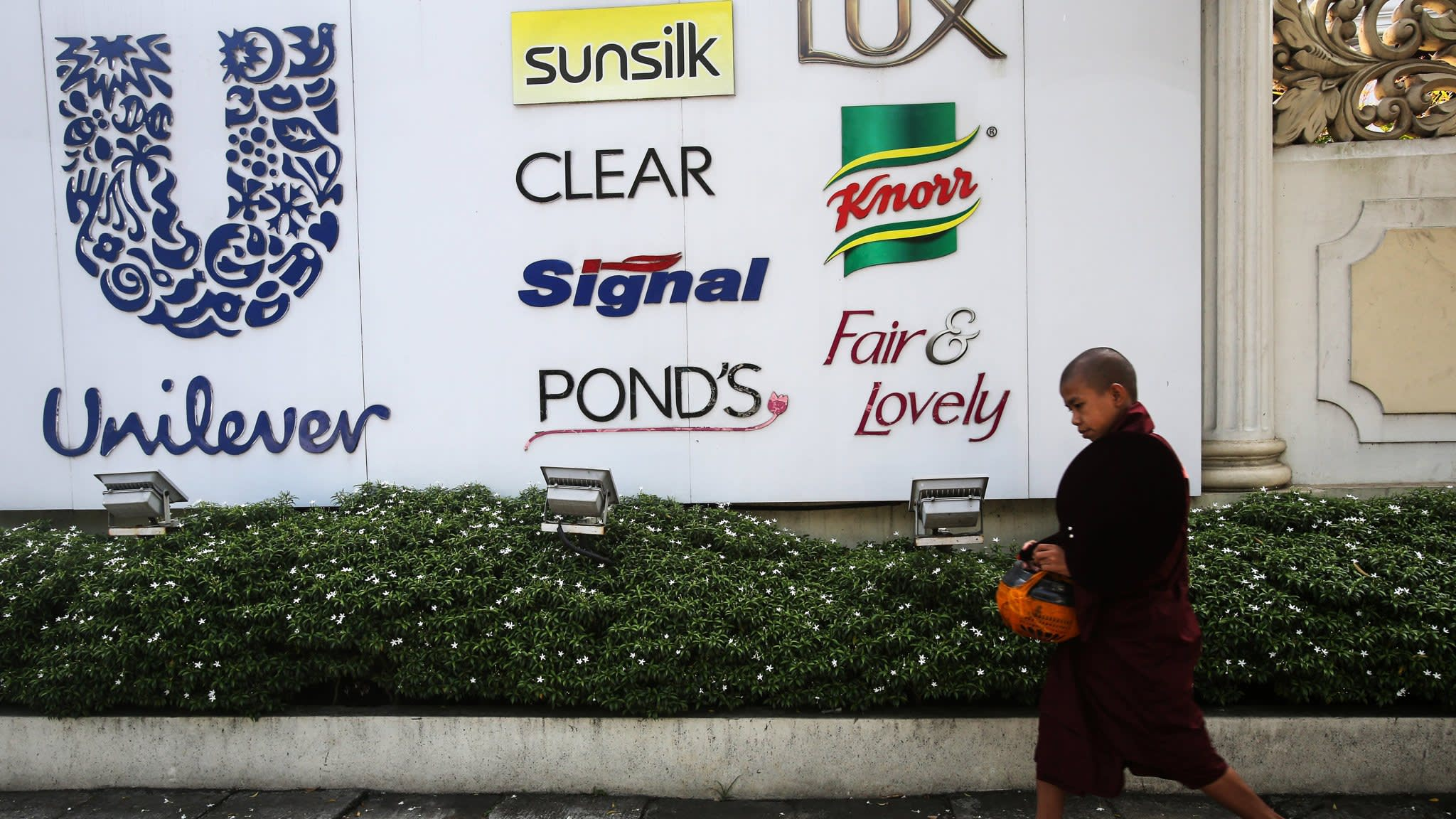 Unilever shareholders warn over Dutch HQ move