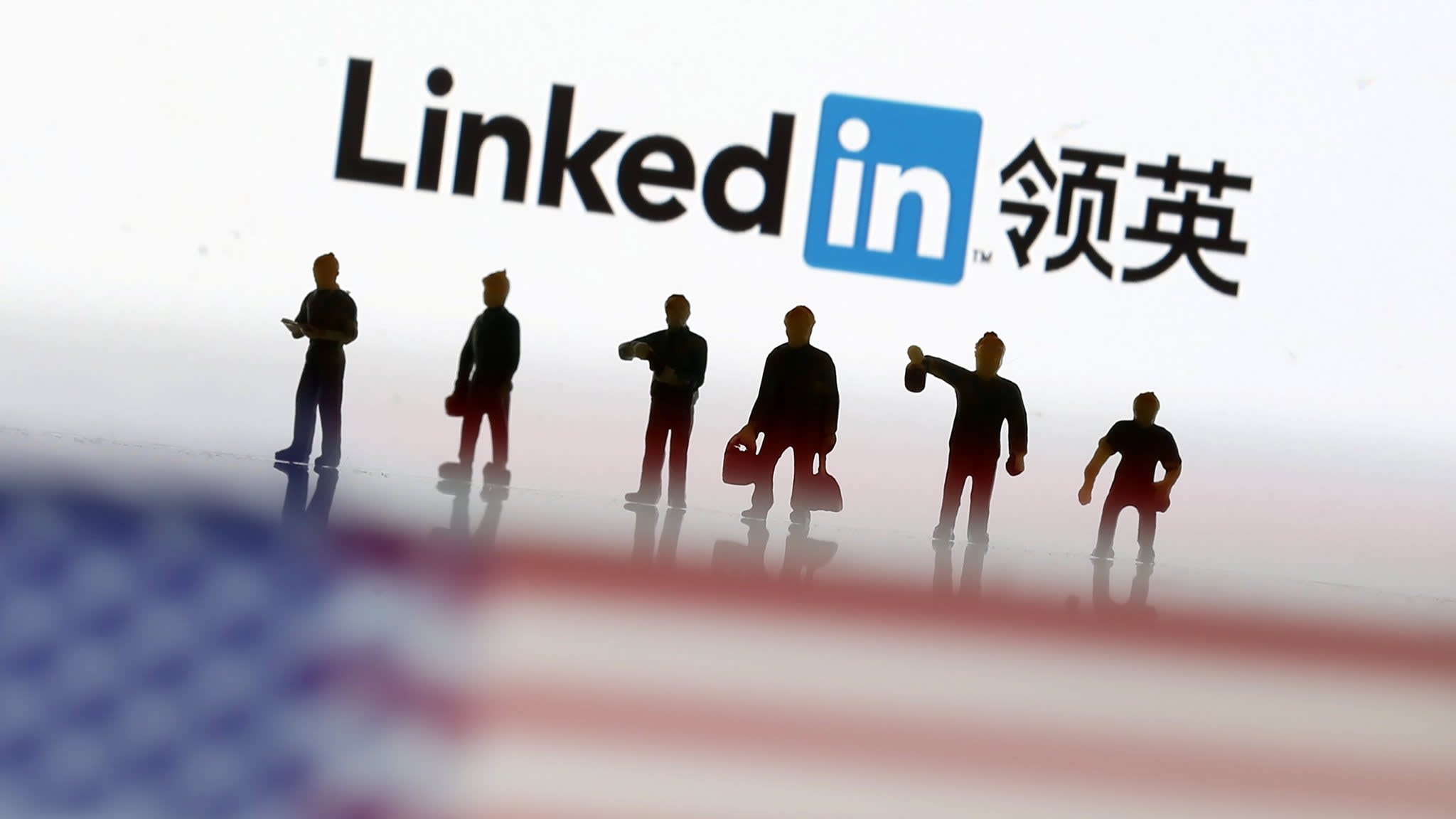 LinkedIn battles China's effort to recruit spies in US