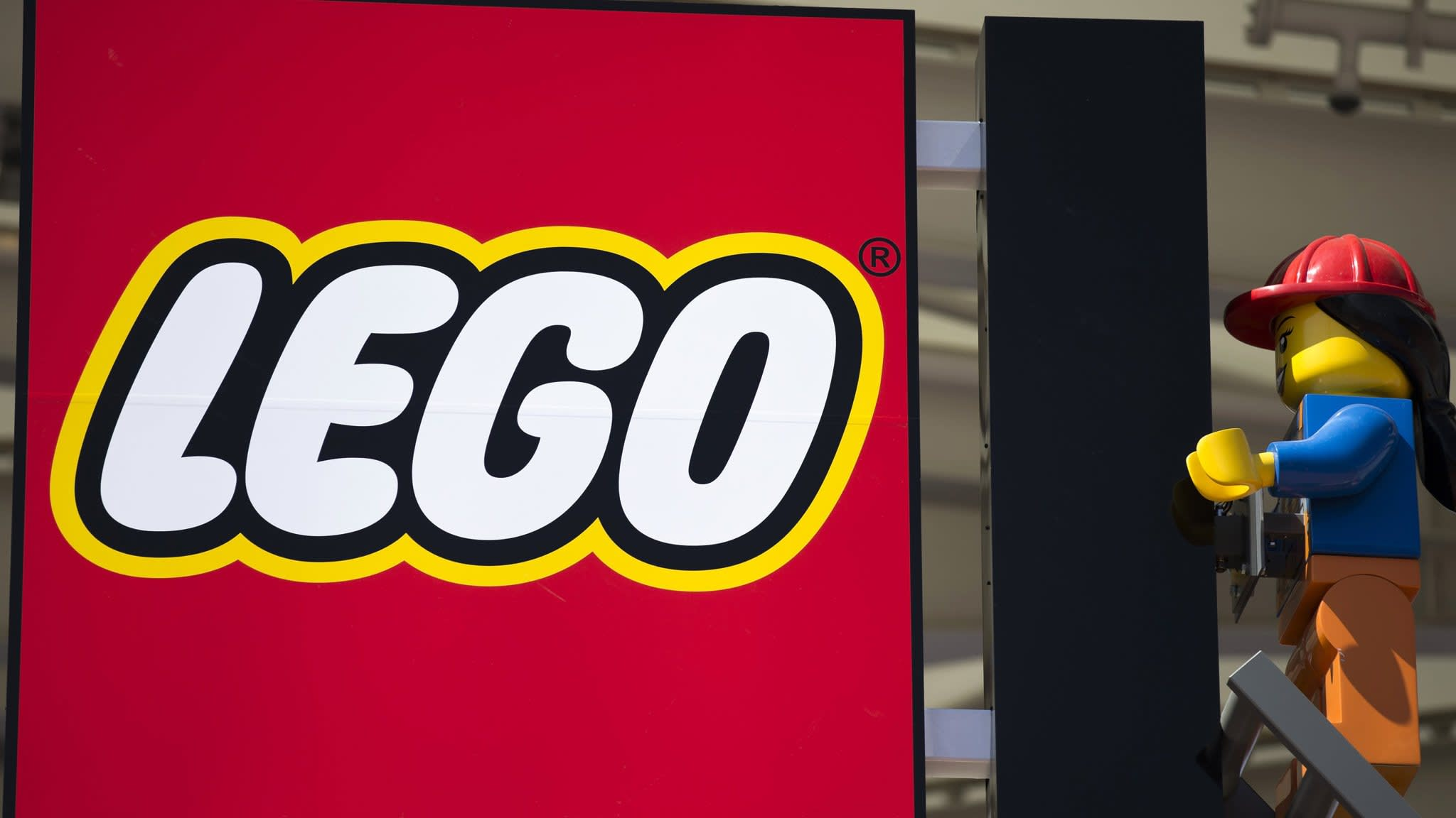 Lego appoints second CEO in 8 months | Financial Times