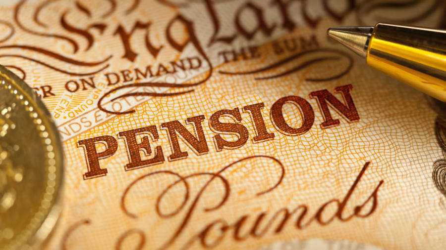 Mis-selling fears force third-party checks on UK pensions advice