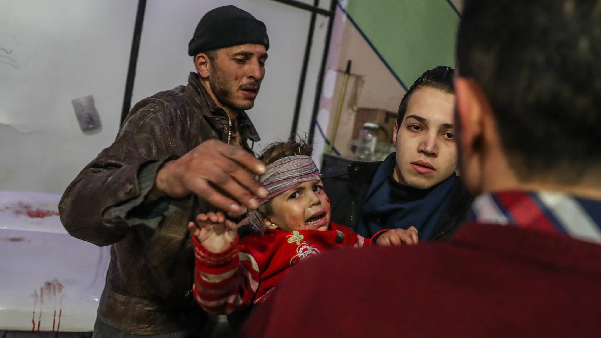 Almost 200 dead in new assault on Syria's eastern Ghouta