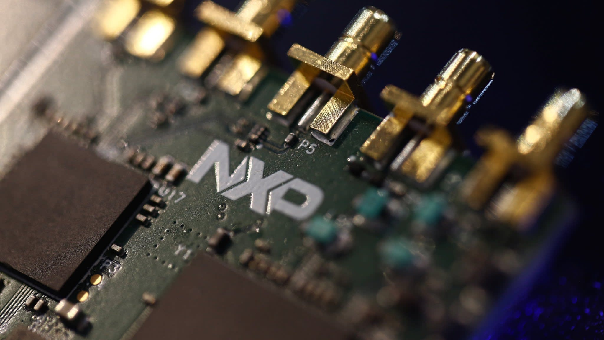image when Qualcomm agrees new $44bn NXP Semiconductors deal