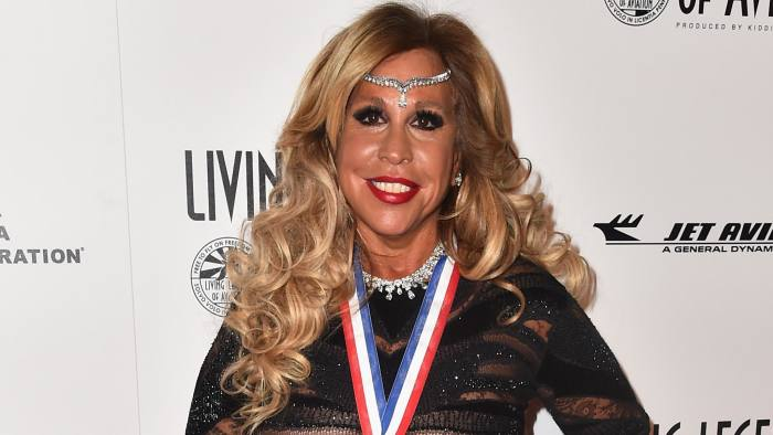 lynn tilton charged with misleading investors  financial