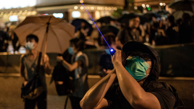 Peaceful Hong Kong protest puts onus back on Beijing