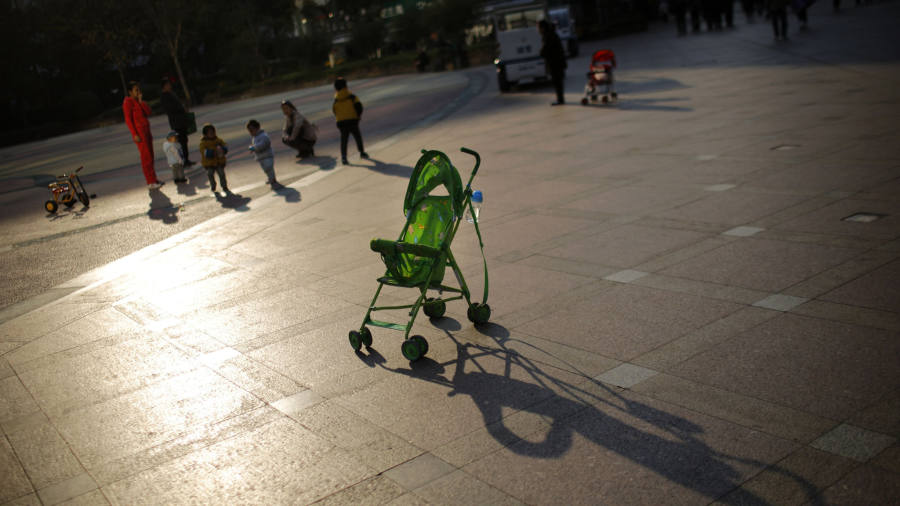 China's falling birth rate creates a temporal crisis for the economy
