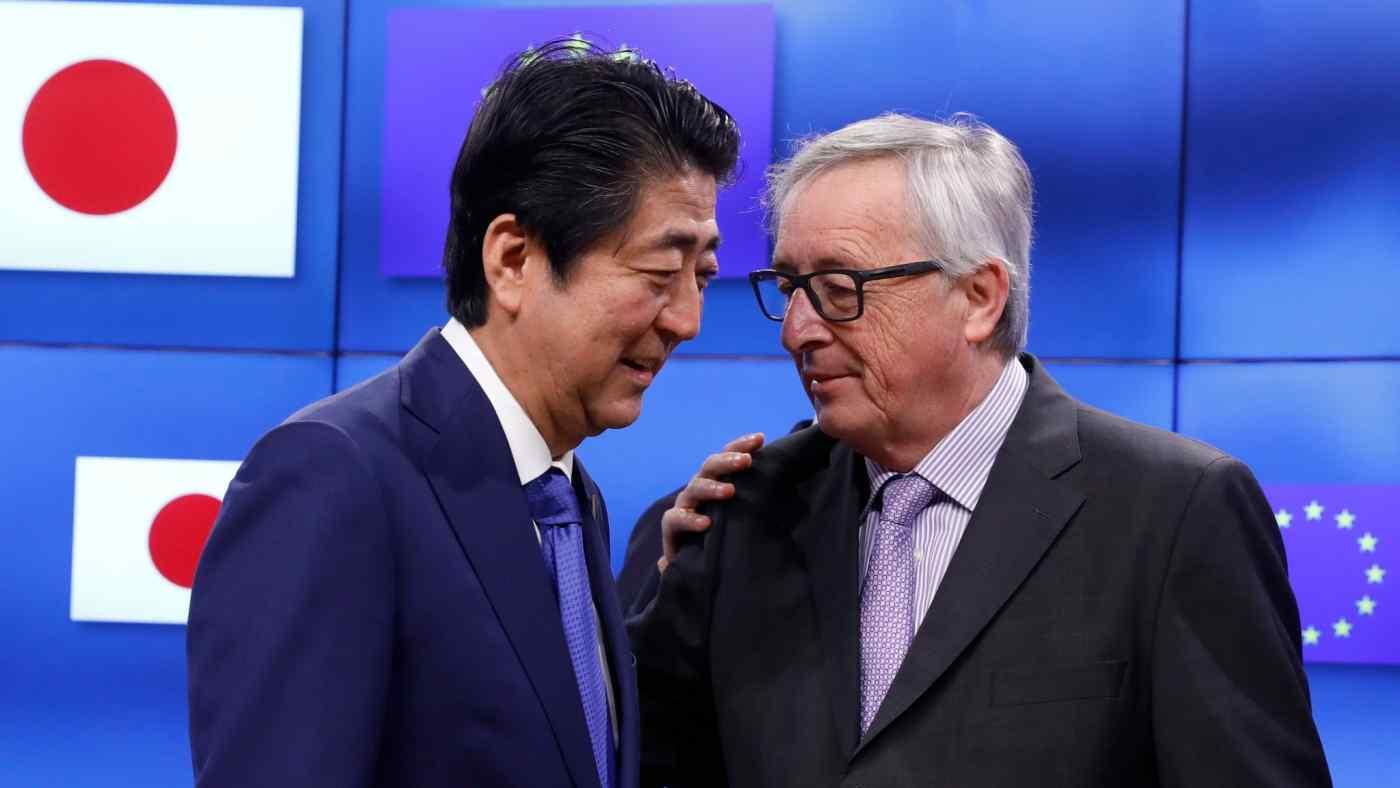 Shinzo Abe and Jean-Claude Juncker