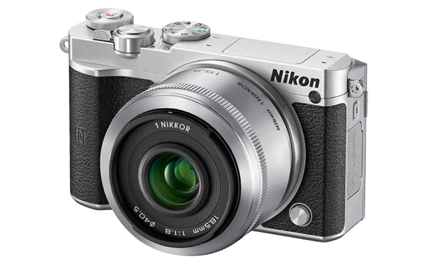 Nikon 1 mirror less camera