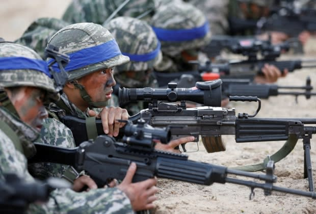 South Korean soldiers combat training