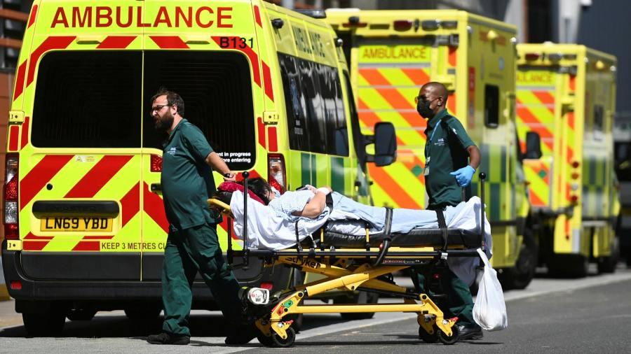 UK jump in Covid deaths alarms hospital leaders