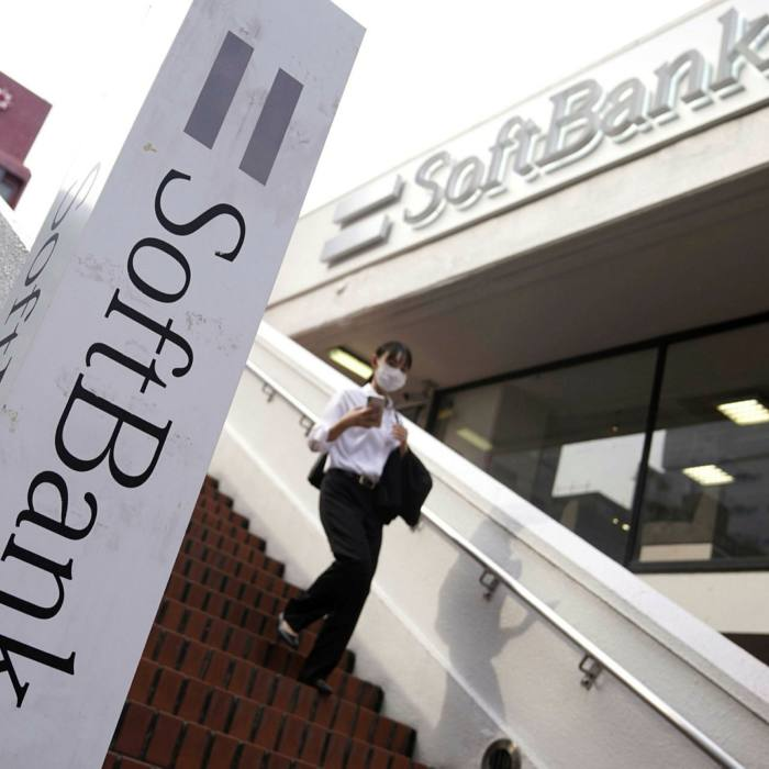 SoftBank, which had invested €900m into Wirecard, supported a proposal for an independent audit into the FT's allegations