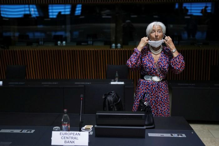 Quando è stato chiesto questo mese sui rischi della politica monetaria che alimentano la bolla immobiliare, Christine Lagarde della Banca centrale europea ha affermato che i benefici delle sue decisioni