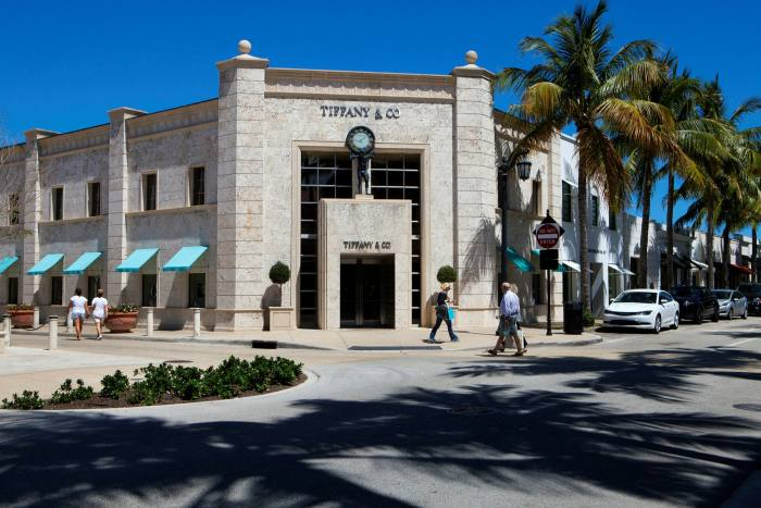 Palm Beach's Worth Avenue, an upscale shopping area