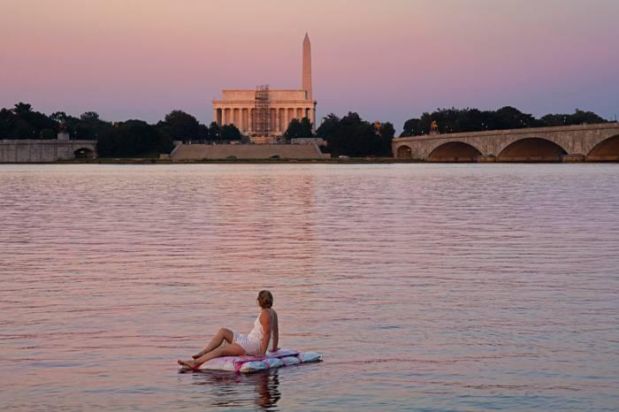 Potomac Painting Float by Noel Kassewitz