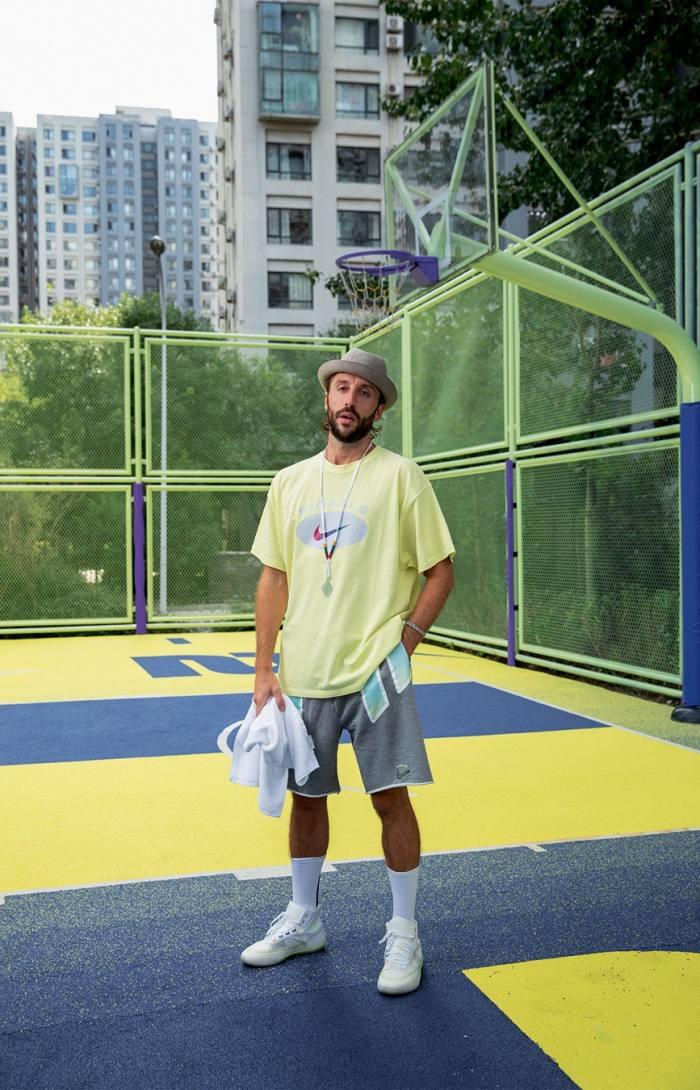 Stéphane Ashpool at the basketball court hecreated inBeijing