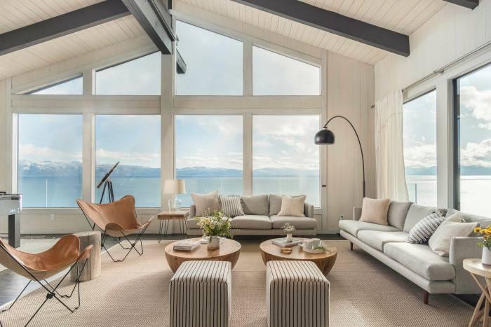 Panoramablick auf das Nordufer des Lake Tahoe vom Grundstück auf dem Markt für 2.850.000 USD