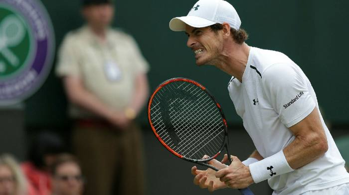 Andy Murray sports a Standard Life logo on his sleeve © Daniel Leal-Olivas/AFP/Getty