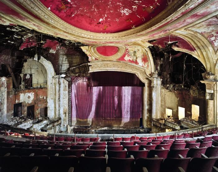 The Paramount Theater in Newark, NJ